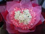 100 White & Pink Roses
